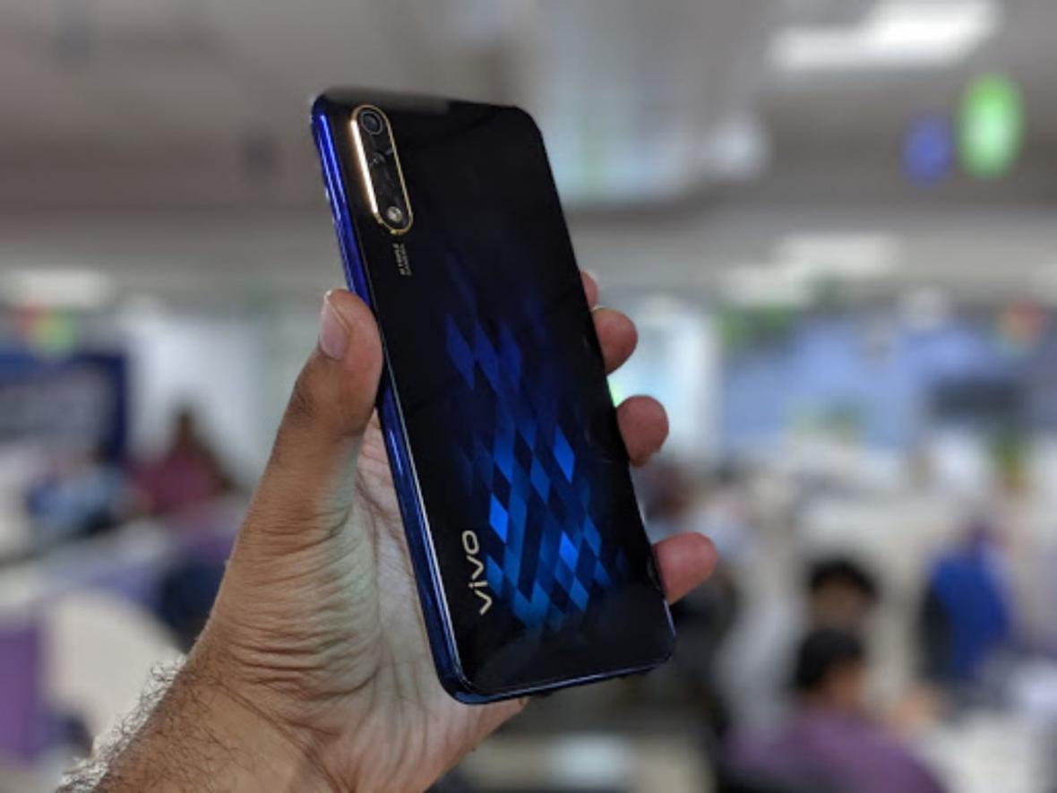 شارژ 15 دقیقه ای گوشی های جدید Vivo