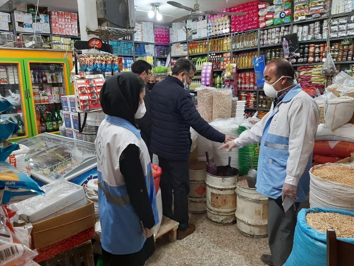 خبرنگاران سازمان صمت اردبیل: درج قیمت بر روی کالاها ضرورت دارد