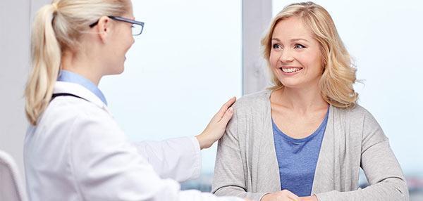 جراحی لیفت سینه چیست؟