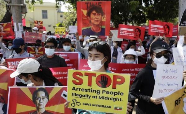 ارتش میانمار سوچی را به دریافت رشوه متهم کرد