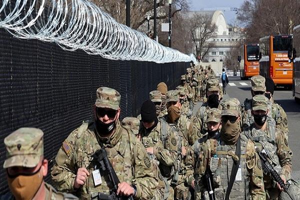 2300 نیروی گارد ملی تا 2 ماه دیگر در کنگره می مانند