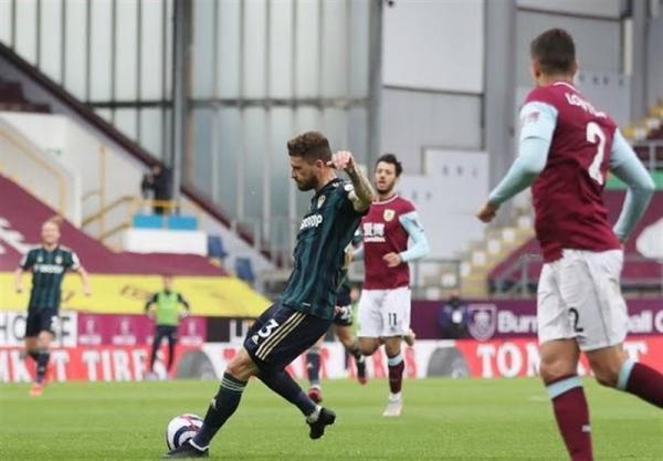 لیگ برتر انگلیس، لیدز به آسانی در خانه برنلی 3 امتیاز گرفت