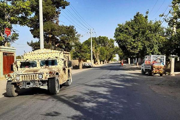 ادامه پیشروی سریع طالبان: قندوز سقوط کرد