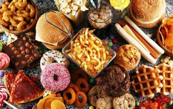 10 روش واقع بینانه برای اینکه کمتر غذای فرآوری شده بخورید